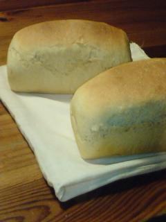 080414楽健寺酵母のパン.jpg